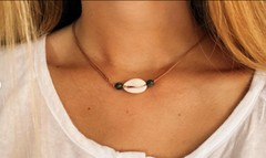 Image of Horizontal Pukka Shell Necklace