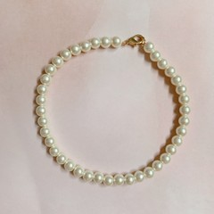 Image of pearl chocker necklace