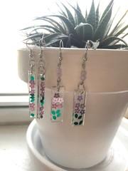 Image of Glitter Flower Resin Earrings