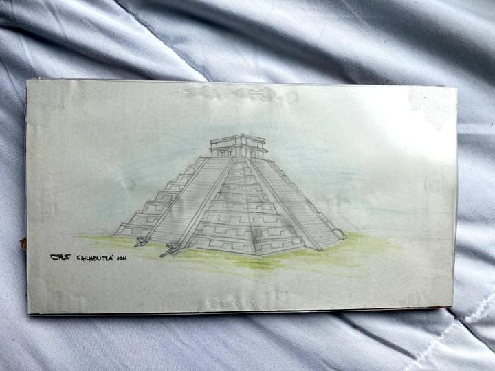 Image of Chichen Itza Pyramid Drawing
